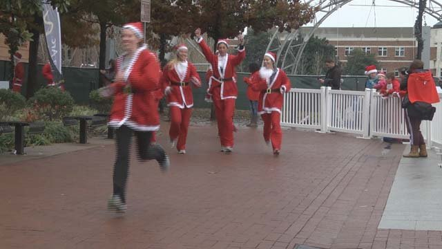 People came out dressed as Santa for the fun run
