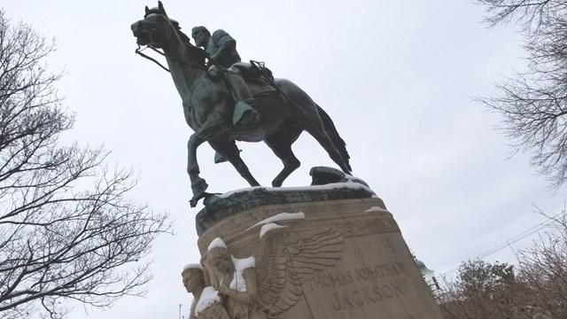 "Statue of Thomas Johnathan ""Stonewall"" Jackson."