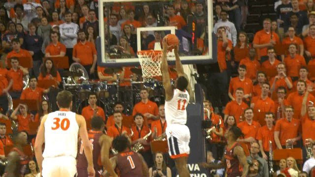 De'Andre Hunter dunks home two of his 21 points