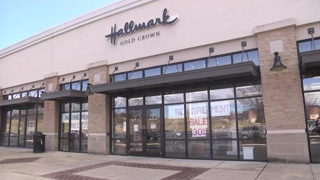 A family-owned Hallmark store in Waynesboro is closing its doors.