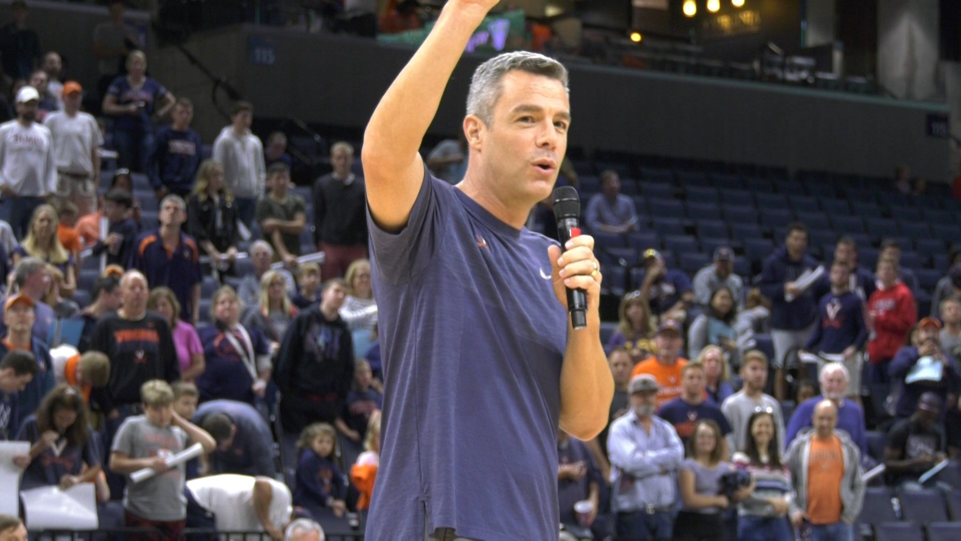 UVa Basketball Holds Blue-White Scrimmage at JPJ