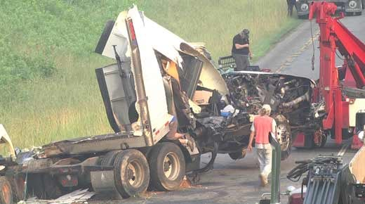 VSP investigating 2 Crashes, 1 Fatal on I-64 in Louisa Co  - WVIR